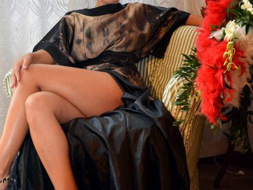 Debora Cattoni stupisce al Festival di Venezia con Grinko