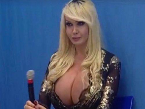 Dagli Awards dell'eros a Sanremo: Festival piccante con Kristel Bulgari