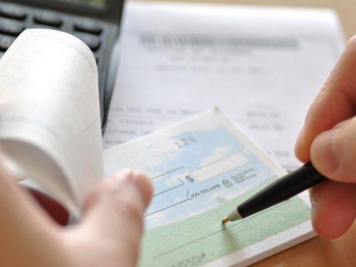 Attenzione! Norme per l'utilizzo di assegni, contante, libretti al portatore