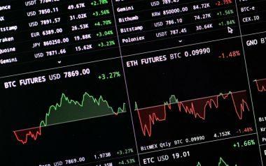 Allarme! troppe balene nel mare dei Bitcoin