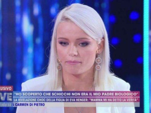 """La verità di Mercedesz Henger: """"Riccardo Schicchi non è il mio vero padre"""""""