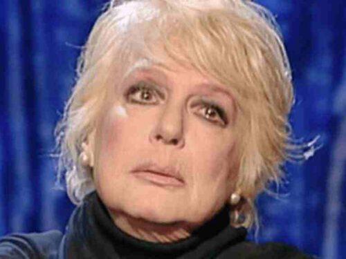 Loretta Goggi: un'artista poliedrica  e una donna affascinante